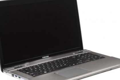 orig-toshiba-satellite-p875-side